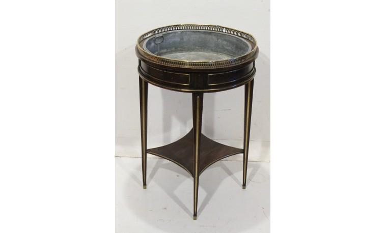 K104 - Květinový stolek