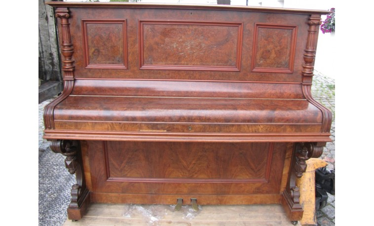 Sk773 – Pianino