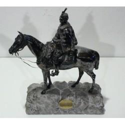 Ko113 - Socha Důstojník na koni
