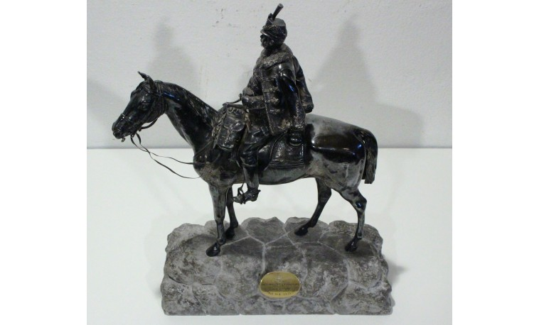 Sk1230 - Socha Důstojník na koni